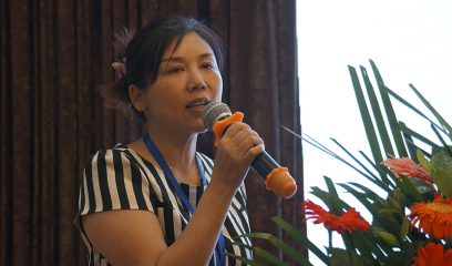 黄燕在2017年全国包虫病防控技术研讨会上作报告